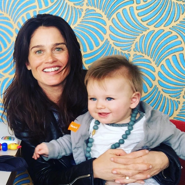 Robin Tunney with her son in March 2017
