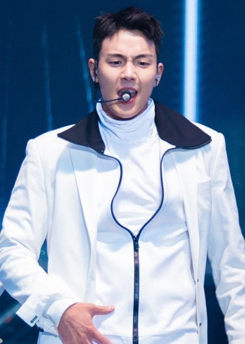 Shownu during a performance at Old School Public Broadcasting in October 2016