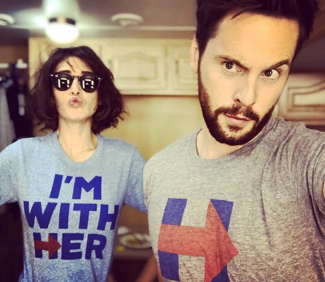 Tom Riley in a selfie with Lizzy Caplan in November 2016