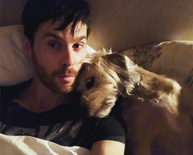 Tom Riley taking a selfie with his dog in May 2018