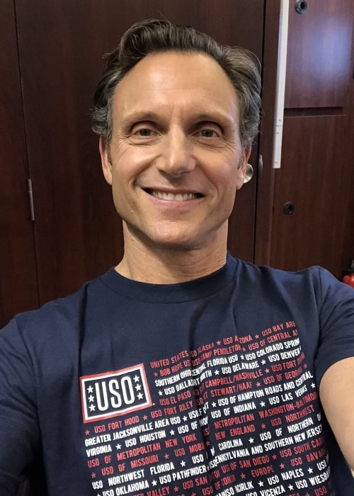 Tony Goldwyn in a selfie in May 2018