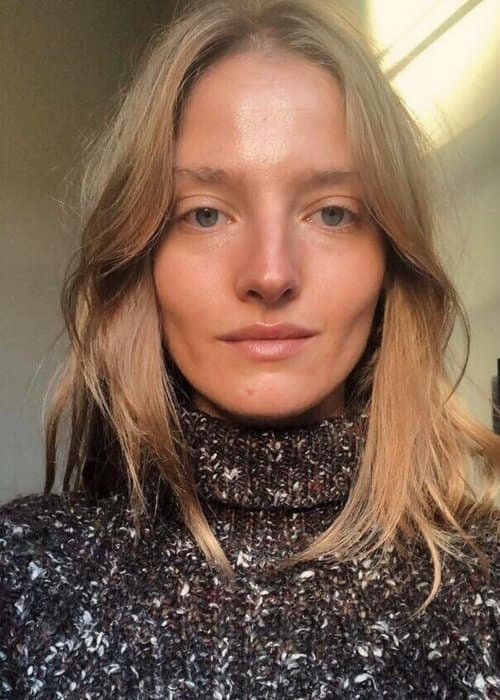Amanda Norgaard in an Instagram selfie as seen in December 2018