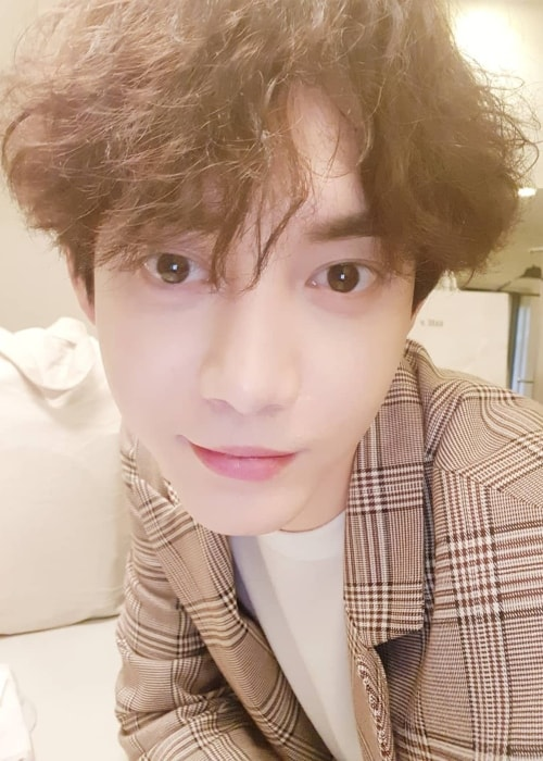 Gunwoo in a selfie in February 2018