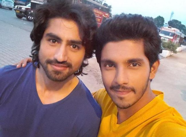 Harshad Chopda (Left) and Kanwar Dhillon in a selfie in 2015