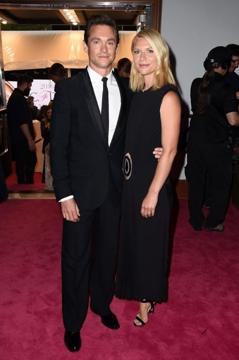 Hugh Dancy with Claire Danes in 2016