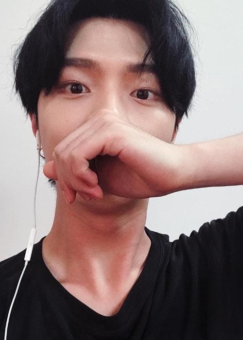 JunQ taking a selfie in July 2017