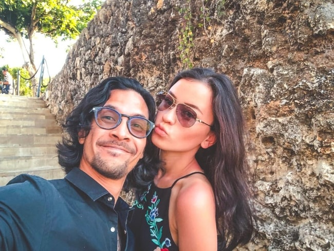 Kimberly Ryder in a selfie with Edward Akbar at AYANA Resort and Spa, Bali in September 2018
