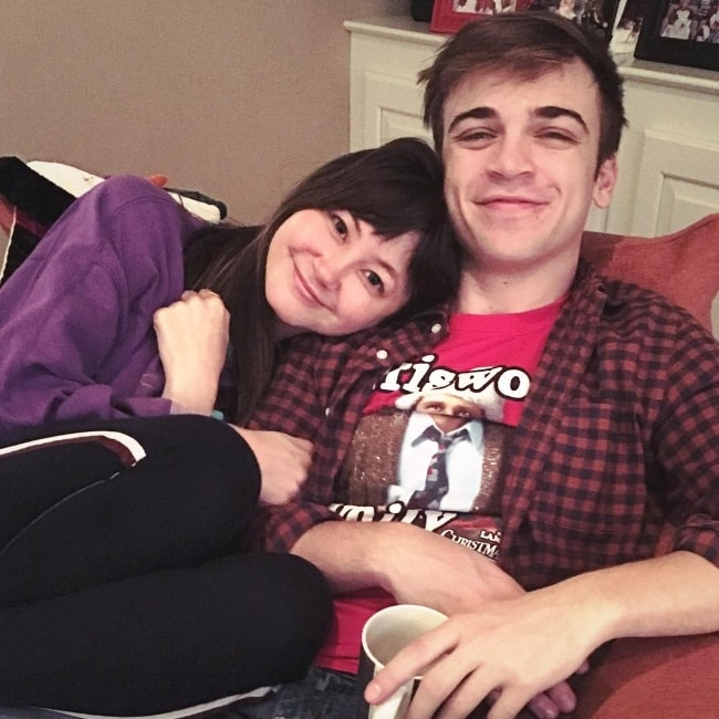 Kimiko Glenn with Sean Grandillo in December 2018