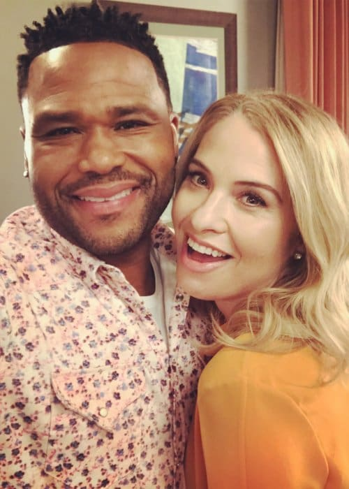 Leslie Grossman and Anthony Anderson as seen in March 2018