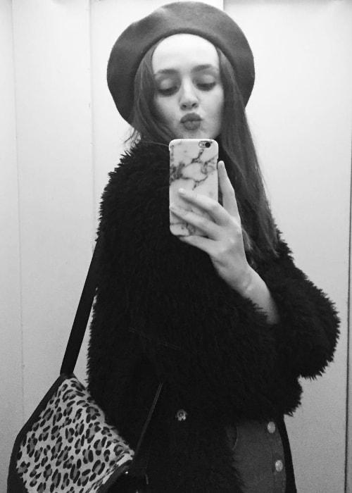 Maddie Kulicka in a mirror selfie in Paris, France in February 2017