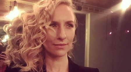 Mickey Sumner Height, Weight, Age, Body Statistics - Healthy