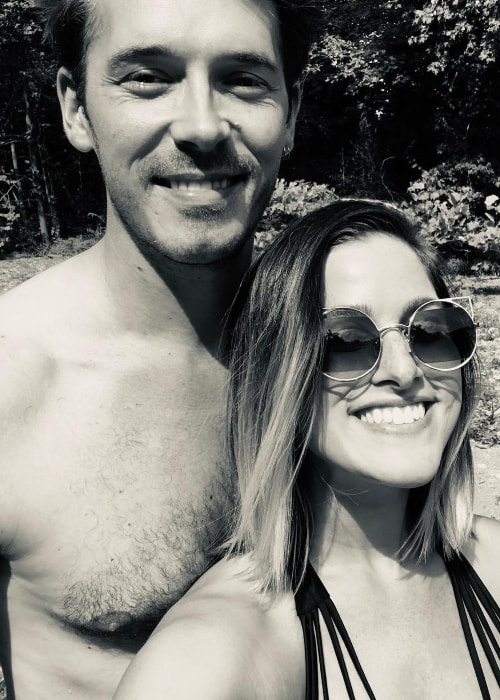Sam Palladio in a selfie with Cassadee Pope in September 2018
