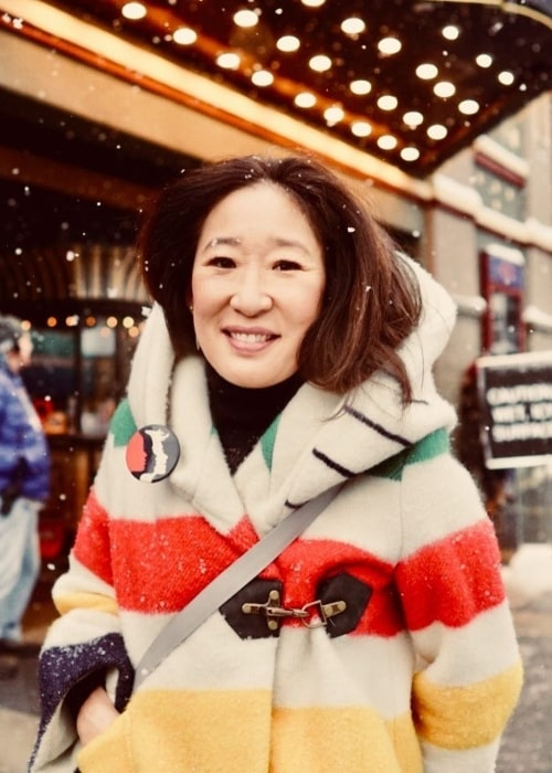 Sandra Oh enjoying the snowfall at Sundance Film Festival in January 2018