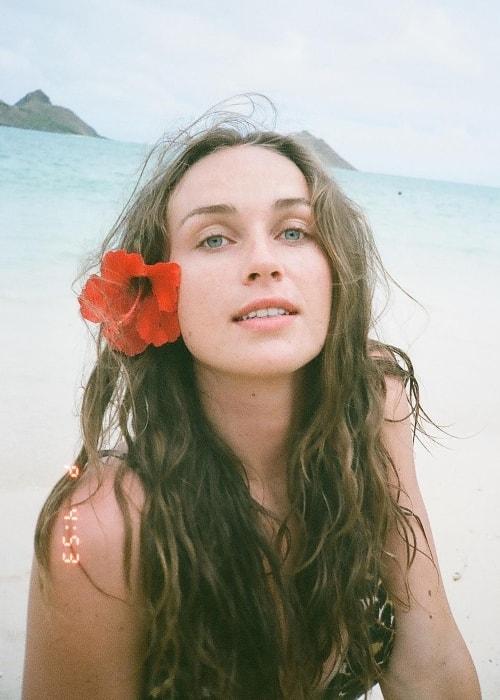 Zella Day in a selfie in Honolulu, Hawaii in August 2018