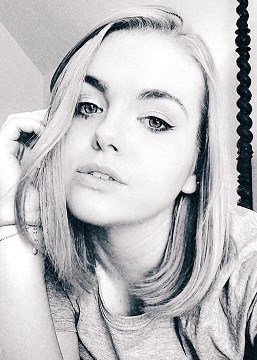 Amanda Lee in an Instagram Selfie in December 2018