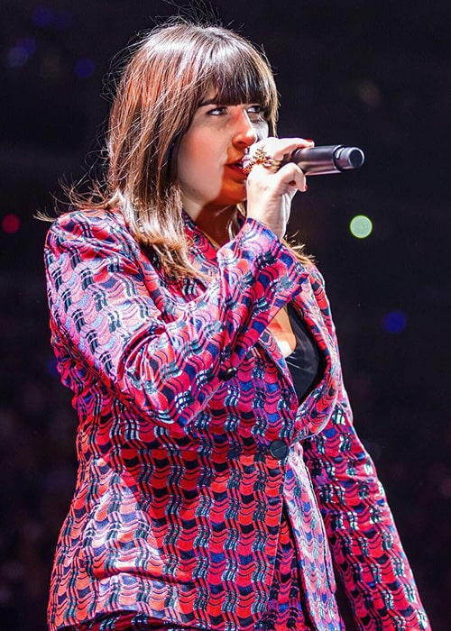 Emily Warren Performing as seen on her Instagram Profile in November 2017