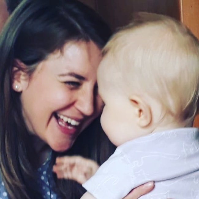 Gemma Whelan with her daughter in July 2018