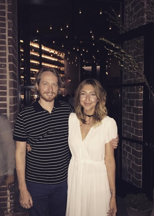 Heidi Gardner as seen in a picture with her husband Zeb Wells in August 2016