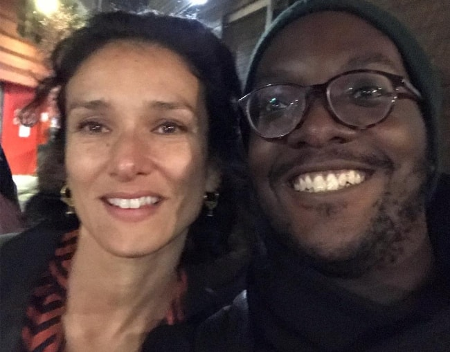 Indira Varma in a selfie with Samuel