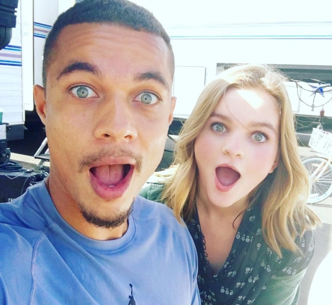 Ismael Cruz Córdova taking a selfie with Kerris Dorsey at Sony Pictures Studios in August 2016