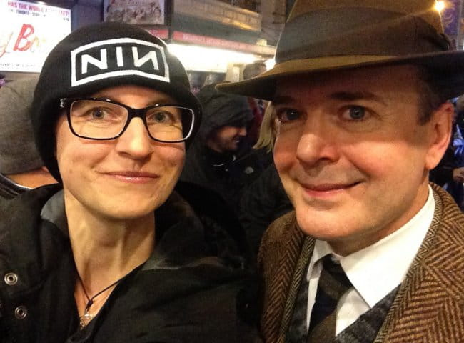 Jefferson Mays in a selfie with his fan