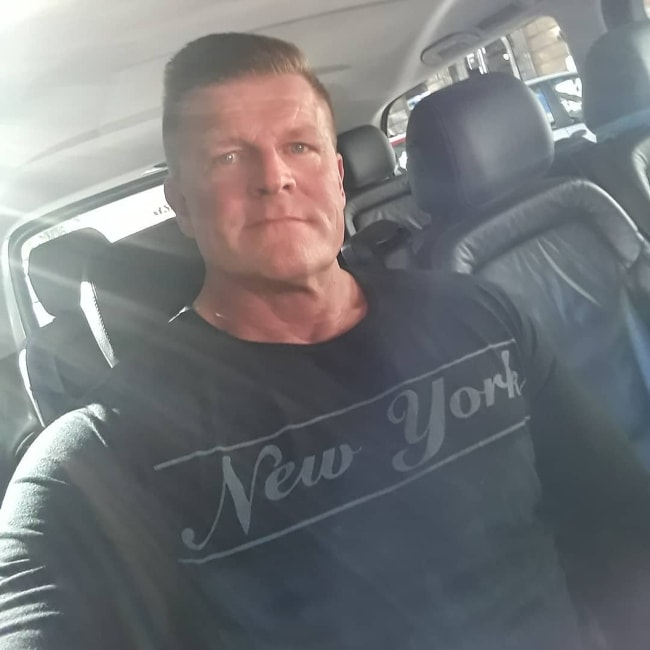 Kim Kold in a car selfie in Rome, Italy