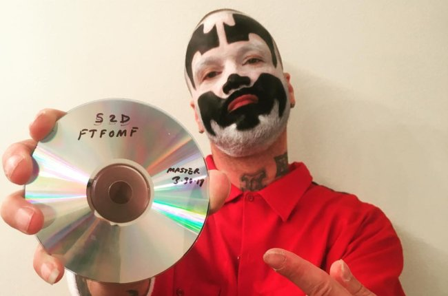 Shaggy 2 Dope in an Instagram post in April 2017