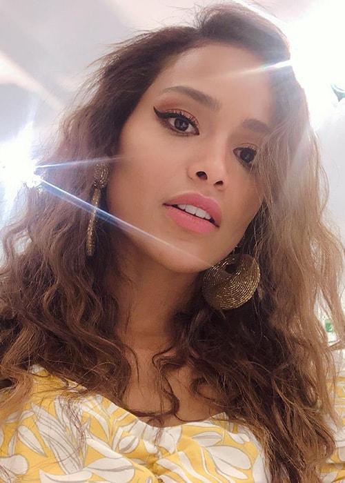 Andrea Tovar in an Instagram Selfie as seen on her Instagram Profile in March 2019