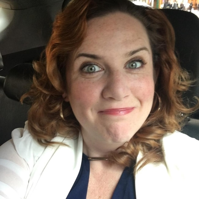 Donna Lynne Champlin taking a car-selfie while on her way to PIX11 NEWS in June 2016