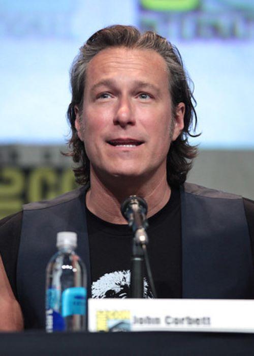 John Corbett speaking at the 2015 San Diego Comic Con International