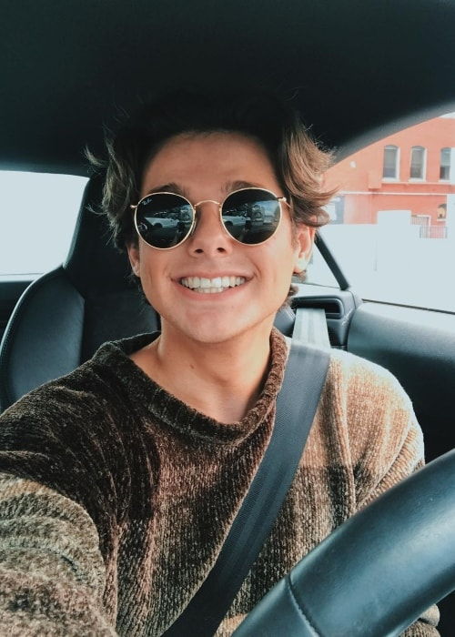 Mikey Murphy smiling in a car-selfie in September 2017
