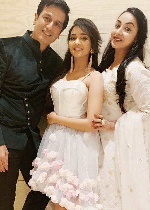 Sachin Khurana as seen in a picture with Ashi Singh and Madhusree Sharma taken in December 2018