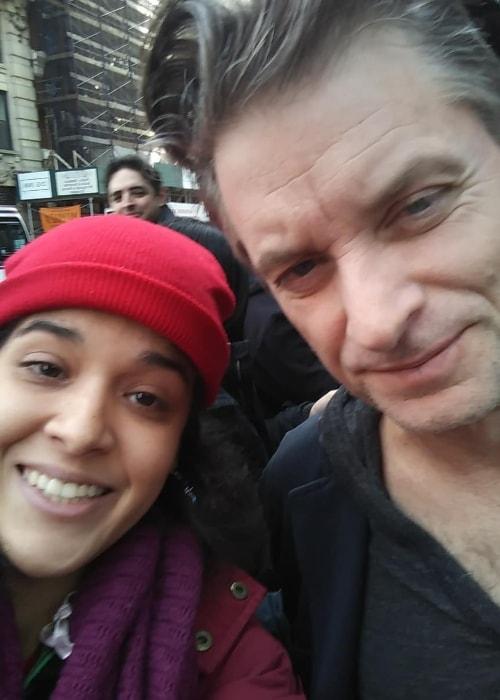 Shea Whigham in a selfie with Alexandra aka Lilianetty in February 2019