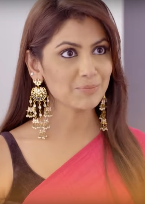 Sriti Jha as seen in a snapshot taken while she portrays the character Pragya Arora in Kumkum Bhagya in 2018