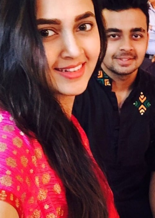 Tejaswi Prakash Wayangankar as seen in a selfie with her brother Pratik Wayangankar in August 2017