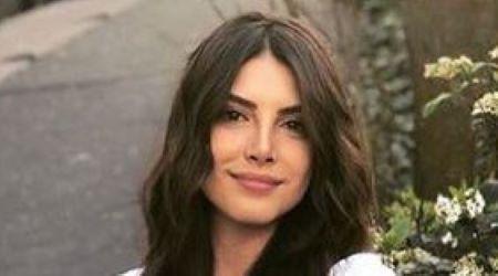 Deniz Baysal (Turkish Actress) Height, Weight, Age, Body Statistics