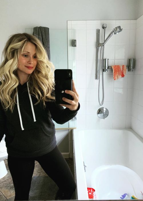 Emme Rylan in an Instagram Mirror Selfie in March 2019