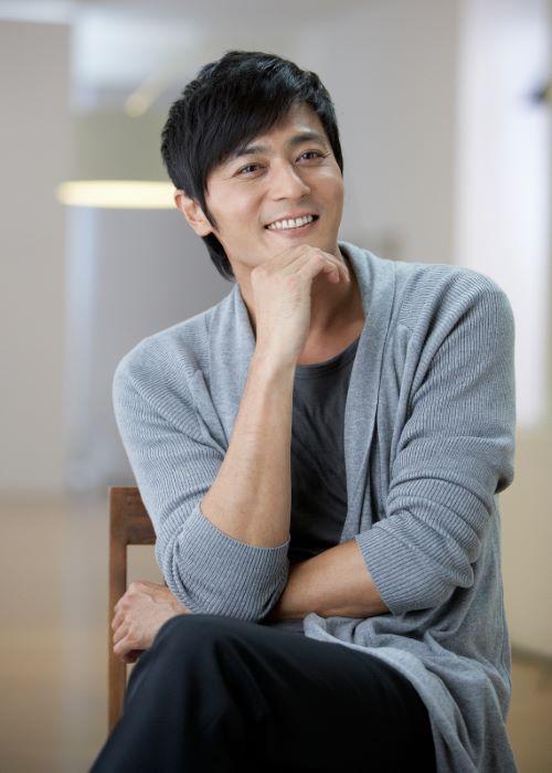 Jang Dong-gun as seen in September 2011