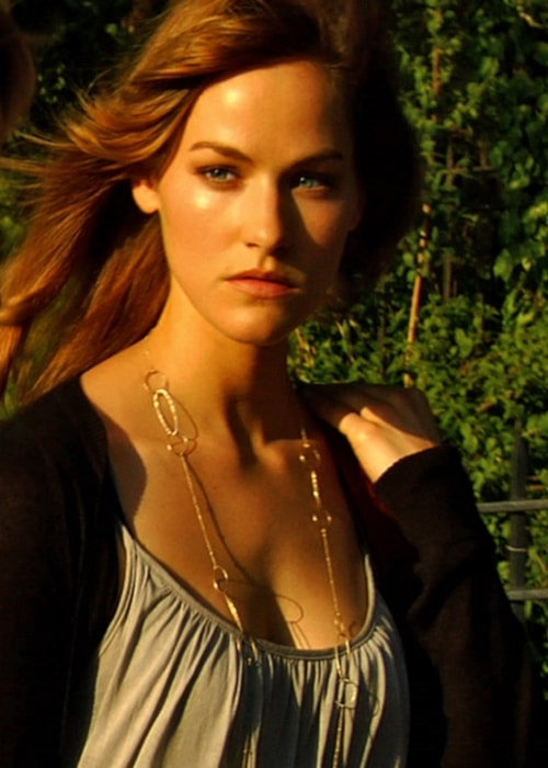 Kelly Overton as seen in a picture taken in 2008