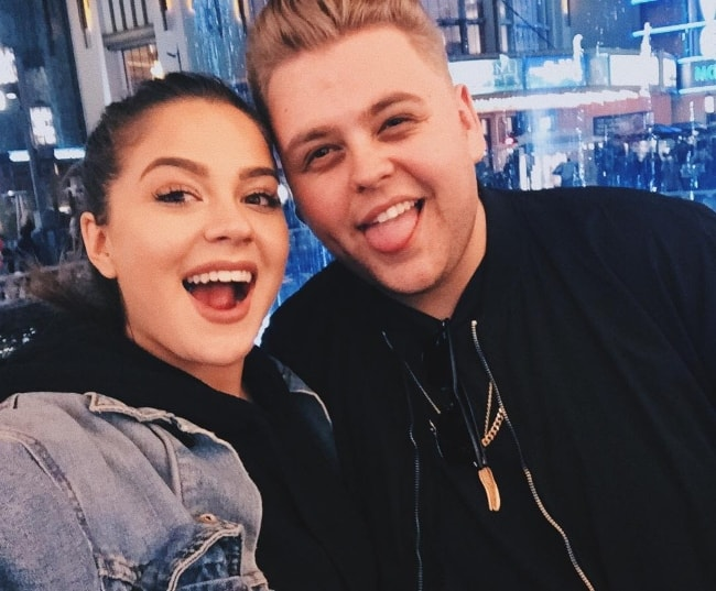 Nick Crompton as seen while posing for a selfie with social media personality and model, Tessa Brooks, in 2016
