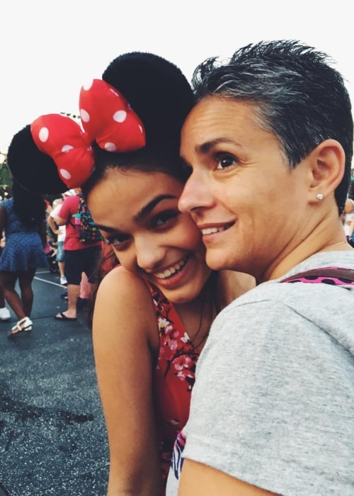 Rachel Zegler as seen in a picture with her mother Gina in June 2018