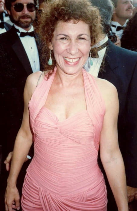 Rhea Perlman at the Emmy Awards in August 1988
