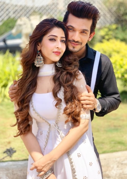 Sonarika Bhadoria as seen in a picture with Arjun Bijlani in March 2019