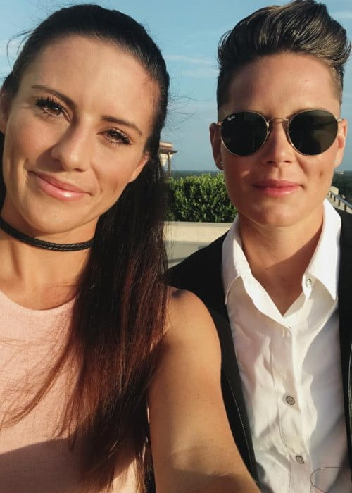 Ali Krieger Height, Weight, Age, Body Statistics - Healthy Celeb