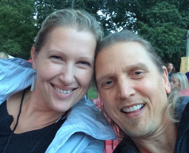 Barry Pepper as seen while taking a selfie with his wife, Cindy, in March 2019