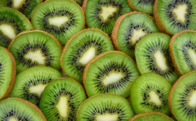 Benefits of Eating Kiwi