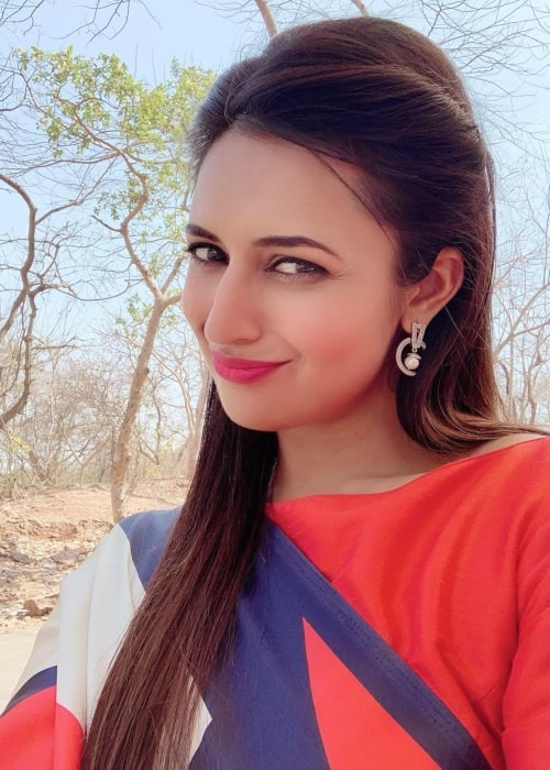 Divyanka Tripathi as seen in a selfie taken in March 2019