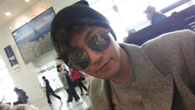 Jin Goo in a selfie as seen in March 2017