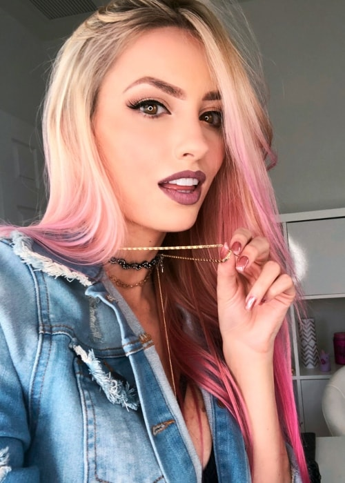 Katie Angel as seen while taking a gorgeous selfie in October 2018