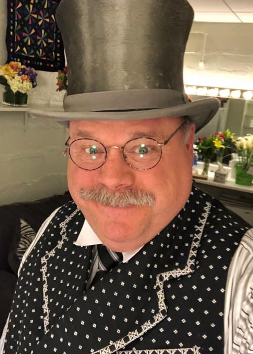 Kevin Chamberlin in an Instagram post as seen in August 2018